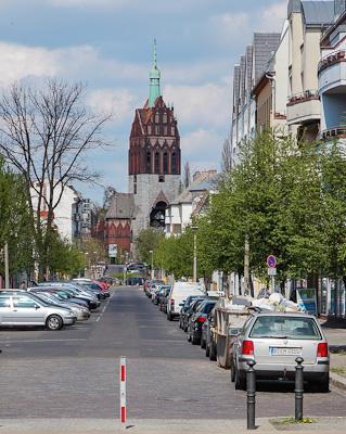 berlin reisef hrer ein spaziergang durch berlin wei ensee. Black Bedroom Furniture Sets. Home Design Ideas