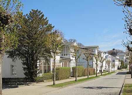 Rügen - Binz - Die ersten Logierhäuser entstanden ab 1883 in der Putbuser Straße