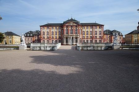 Bruchsal - Schloss von der Gartenseite gesehen
