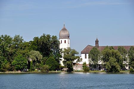 Benediktinerinnekloster auf der Insel Frauenwörth, Chiemsee, Bayern