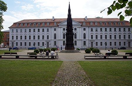Greifswald - Universitätshauptgebäude