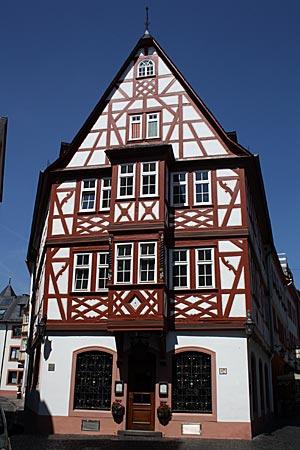Rheinradweg - Mainz, Weinhaus zum Spiegel