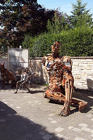 Rietberg - Skulpturen aus Schrott