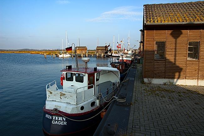 Rügen - Hafen in Gager
