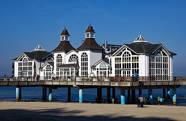 Rügen - Brückenhaus auf der Seebrücke in Sellin
