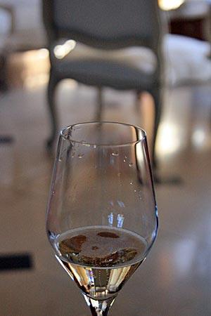 Frankreich - Champagne-Ardenne - Champagner im Glas