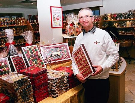 Frankreich - Elsass - Mit ihm ist gut Kirschen essen: Bernard Antoni in seinem Geschäft