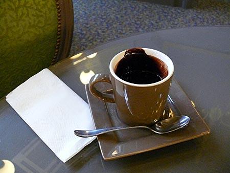 Frankreich - Elsass - Bon Appetit: Eine gute Tasse Schokolade ist im Elsass eine kleine Mahlzeit