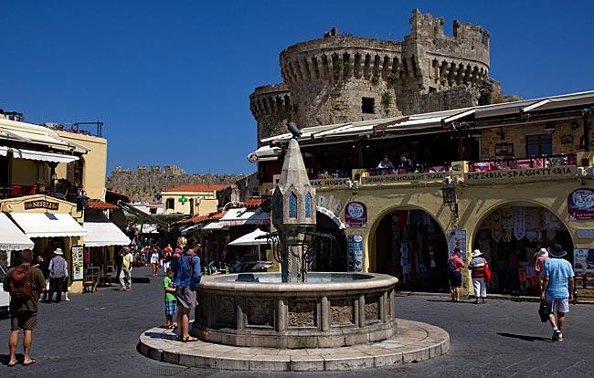 Rhodos Stadt - Ippokratou-Platz