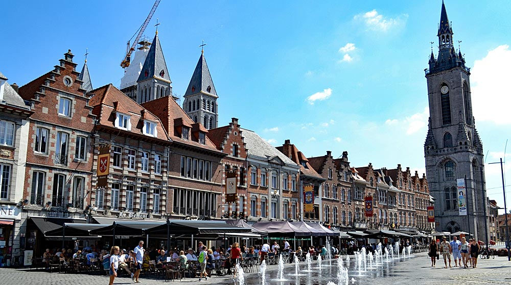 Tongeren und Tournai in Belgien