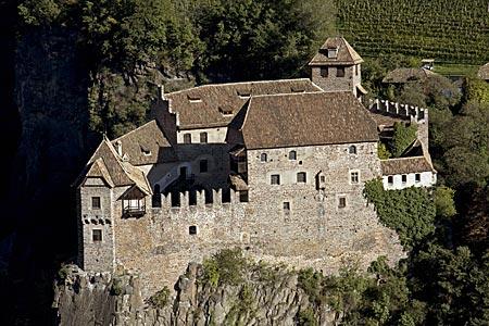 Aus dem Dornröschenschlaf erwacht: Burg Runkelstein bei Bozen