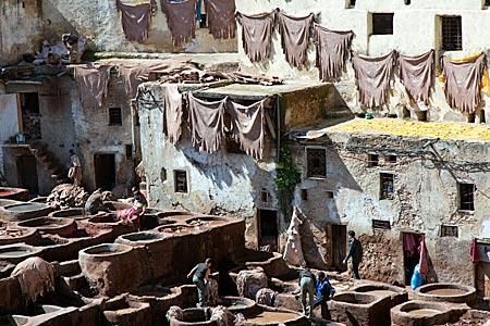 Marokko - Gerberei in der Altstadt von Fes