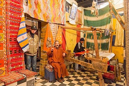 Marokko - Laden für Berber-Teppiche in der Altstadt von Fes