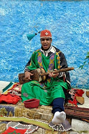Marokko - Lautenspieler in der Kasbah der Königsstadt Rabat