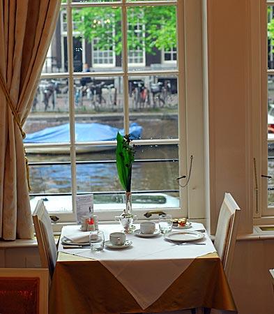 Niederlande - Amsterdam - Frühstück mit Blick auf die Herengracht