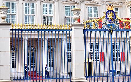 Niederlande - Den Haag - Der Königliche Palast Noordeinde