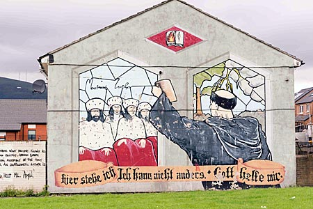 Nordirland - Wandbilder an der protestantischen Shankill Road in West Belfast