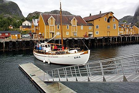 Norwegen - Lofoten - Das Sykkelbåt (Fahrradboot) in Nusfjord