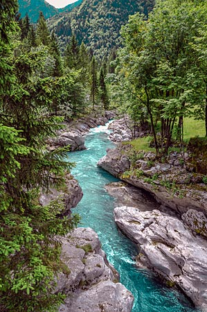 Der Soca-Fluss im Triglav-Nationalpark, Slowenien