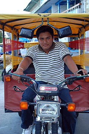 Peru - Iquitos - Jonathan und sein Motokar