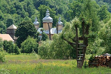 Polen - Waldkarpaten - Kirche in Dobra Szlachecka an der San-Route