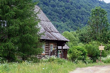 Polen - Waldkarpaten - Ehemalige Försterei von Preluki