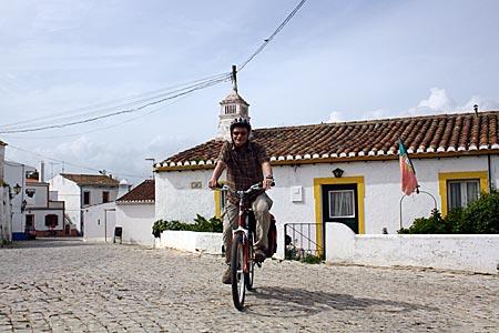 Portugal - weiß gekalktes Städtchen an der Algarve