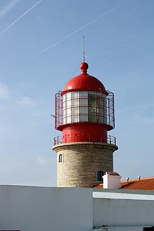 Portugal - am Leuchtturm am Cabo de Sao Vicente, Reichweite des Leuchtfeuers 90 Kilometer und damit angeblich der lichtstärkste Europas
