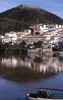 rio guadiana in portugal der fluss durchs iberische jenseits. Black Bedroom Furniture Sets. Home Design Ideas
