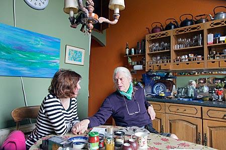 Schottland - Schottischer Geschichtenerzähler David Campbell in seiner Küche in Edinburgh