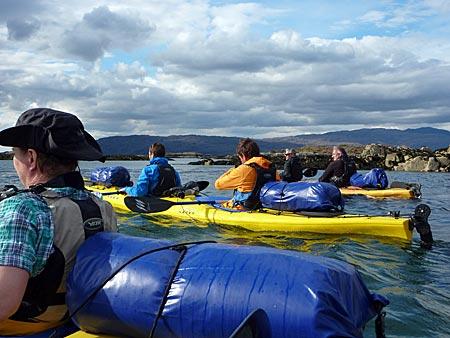 Schottland - mit bepackten Seekajaks unterwegs