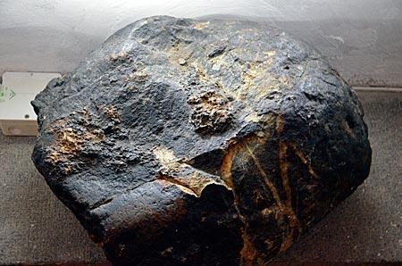 Norwegen - Auf diesen Stein sank der tödlich getroffene Olaf bei der Schlacht von Stiklestad