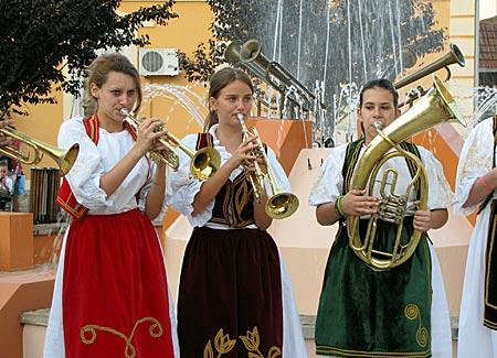 Serbien - In Guca es gibt auch Nachwuchswettbewerbe