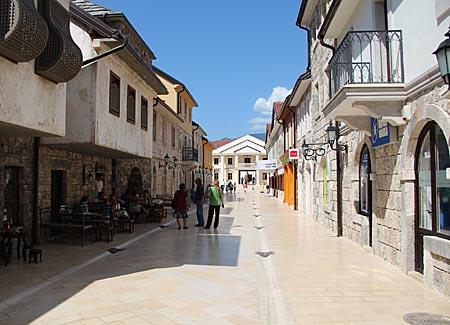 Bosnien-Herzegowina - Visegrad - im Zentrum der neuen Steinstadt Andricgrad
