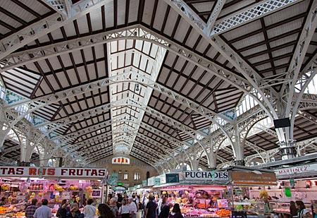 Spanien - Jugendstil-Markthalle Mercat Central in Valencia