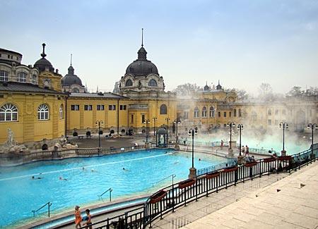 Ungarn - Budapest - Széchenyi-Bad im Stadtwäldchen